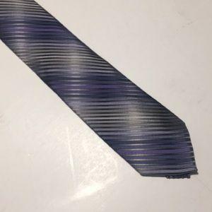 VAN HEUSEN dark blue necktie